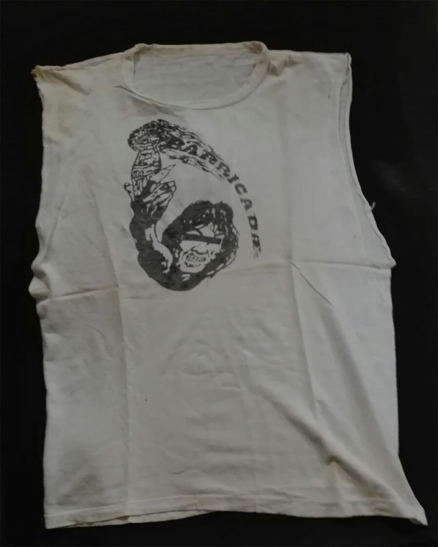 primera camiseta de Barricada